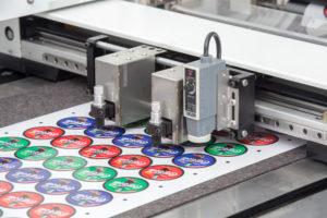 DUOBLADE SX - digitalni izrez etiket v roli